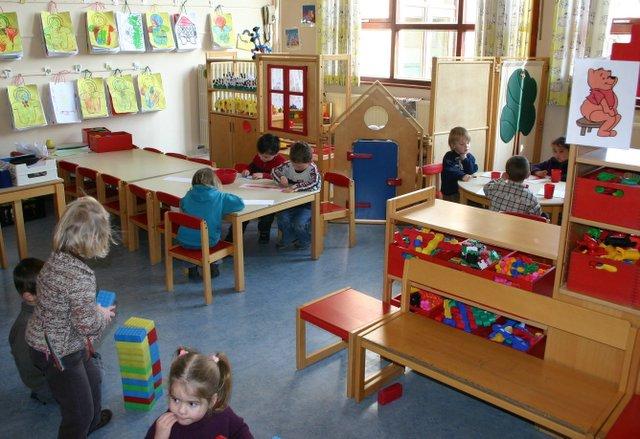 Infrastructuur basisschool de morootjes for Meubilair basisschool